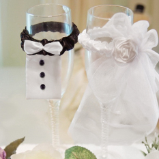 Wedding Champagne Glass Decoration, Cute Bride And Bridegroom Wedding Dress Set Decoration (Intl)