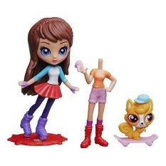 Hasbro Littlest Pets Shop Blythe And Fashions - Skateboard