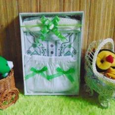 kembarshop - Paket Kado Koko Bayi Putih Hijau Plus Peci