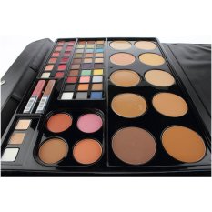 Wardah Professional Make Up Kit