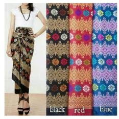 168 Collection Rok Lilit Batik Rihanna Long Skirt-Hitam