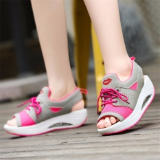 2017 summer new shake shoes female sandals loose cake thick bottom (EU35-40)PINK - intl
