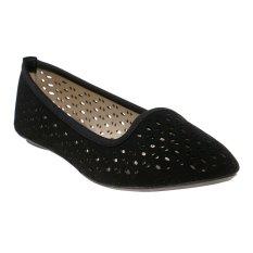 Bata Ursul Flat Shoes - Hitam
