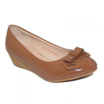 Dea - Sepatu Fantofel Wanita 1503-20 - Camel
