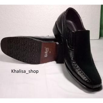 Harga Kickers Sepatu Pria Kulit Asli Model KR 809 Black - PriceNia.com 52d90db773