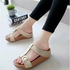 Sandal Wanita Wedges MR Crem