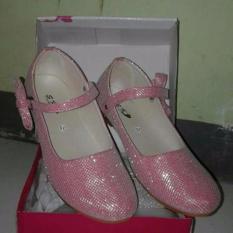 Sepatu balet glitter pink