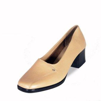 sepatu formal wanita pantofel beige