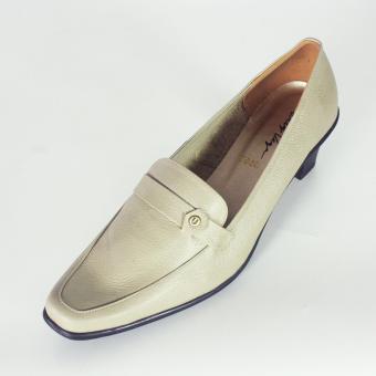 Sepatu Pantofel Wanita Kulit asli