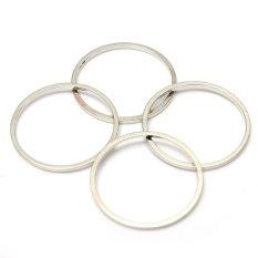 4 buah keren gadis emas perak polos di atas tumpukan cincin jari Band Midi terletak sekitar