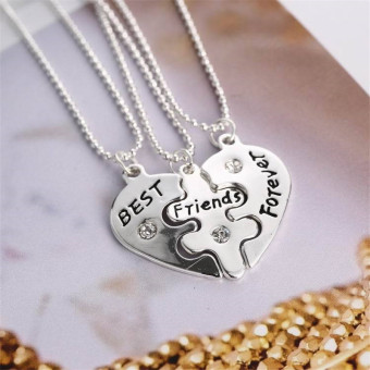 Buytra Best Friends Pendant Necklaces Vintage Broken Heart Letters Friendship Necklaces Silver