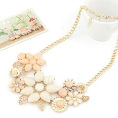 Fashion Pink Flower Choker Necklace Collar Chain Beige (Intl)