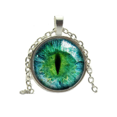 HKS Vintage Pendant Necklace Cat Eye Rhinestone Green + Silver