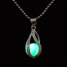 La Vie Teardrop The Mermaid Romantic Necklace Glow In The Dark Pendant (Green)