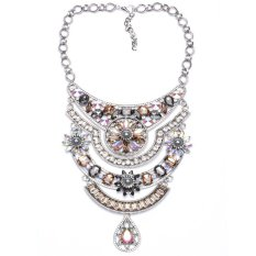 Luxury Crystal Diamond Statement Necklaces Women Fashion Choker Charm Necklaces with Champagne Gemstone Pendants (Intl)