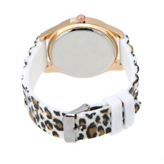 Stylish Ladies Quartz Wrist Watch Leopard Print Design White (Intl)