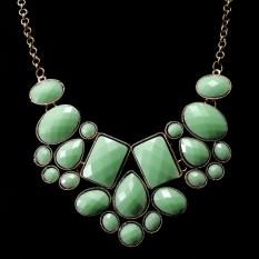 Trendy Gold Plated Green Stones Patterns Pendant Chain Necklace Women Jewelry - Intl