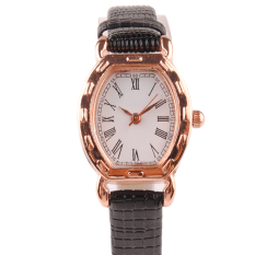 Women Fashion Square Dial Roman Numerals Indicating Dial Wrist Watch