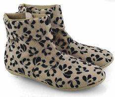 Everflow JR009 Sepatu Fall Winter Boots Wanita - Synth - Cream - Elegan Dan Gaul -