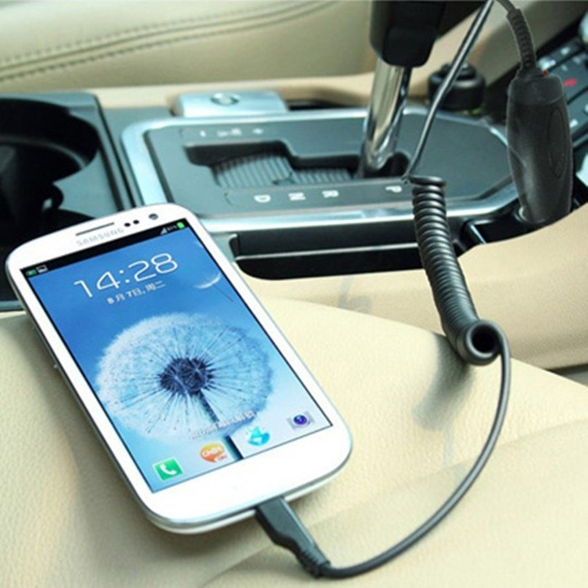 Micro USB Car Charger for Mobile Phone - Hitam