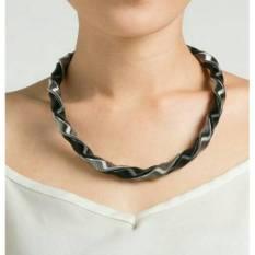 Universal - Kalung Korea Swirl Necklace - Silver Black