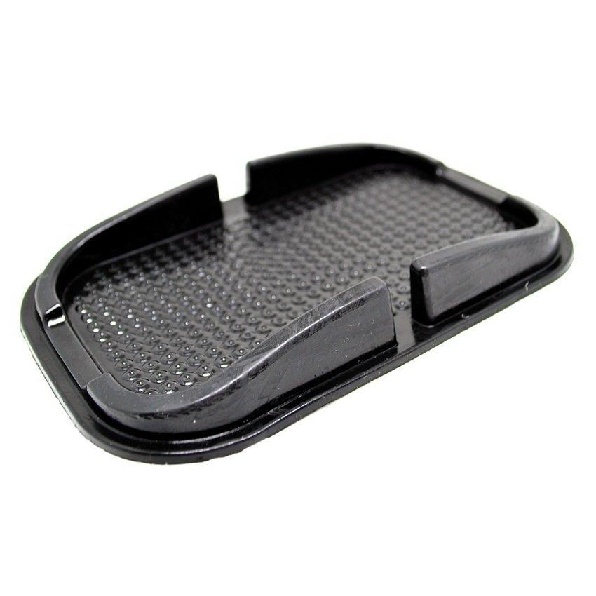 Universal Multi-functional Car Anti-Slip Pad Rubber for Phone / GPS/ MP4/ MP3 - Hitam