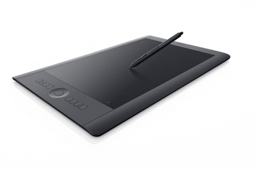 Wacom Intuos Pro Large PTH851 with Wireless kit - Hitam
