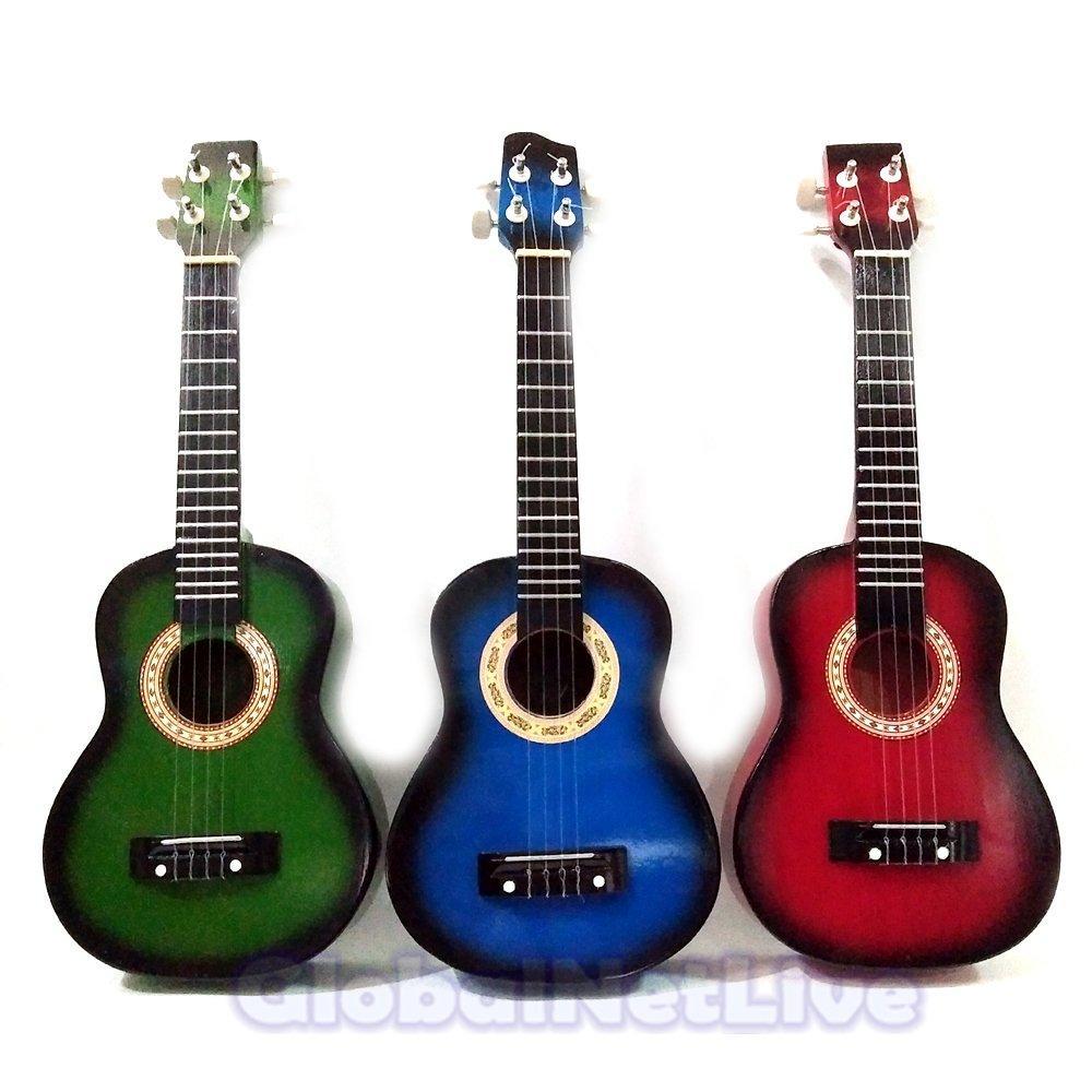 Gitar Akustik. Ukulele