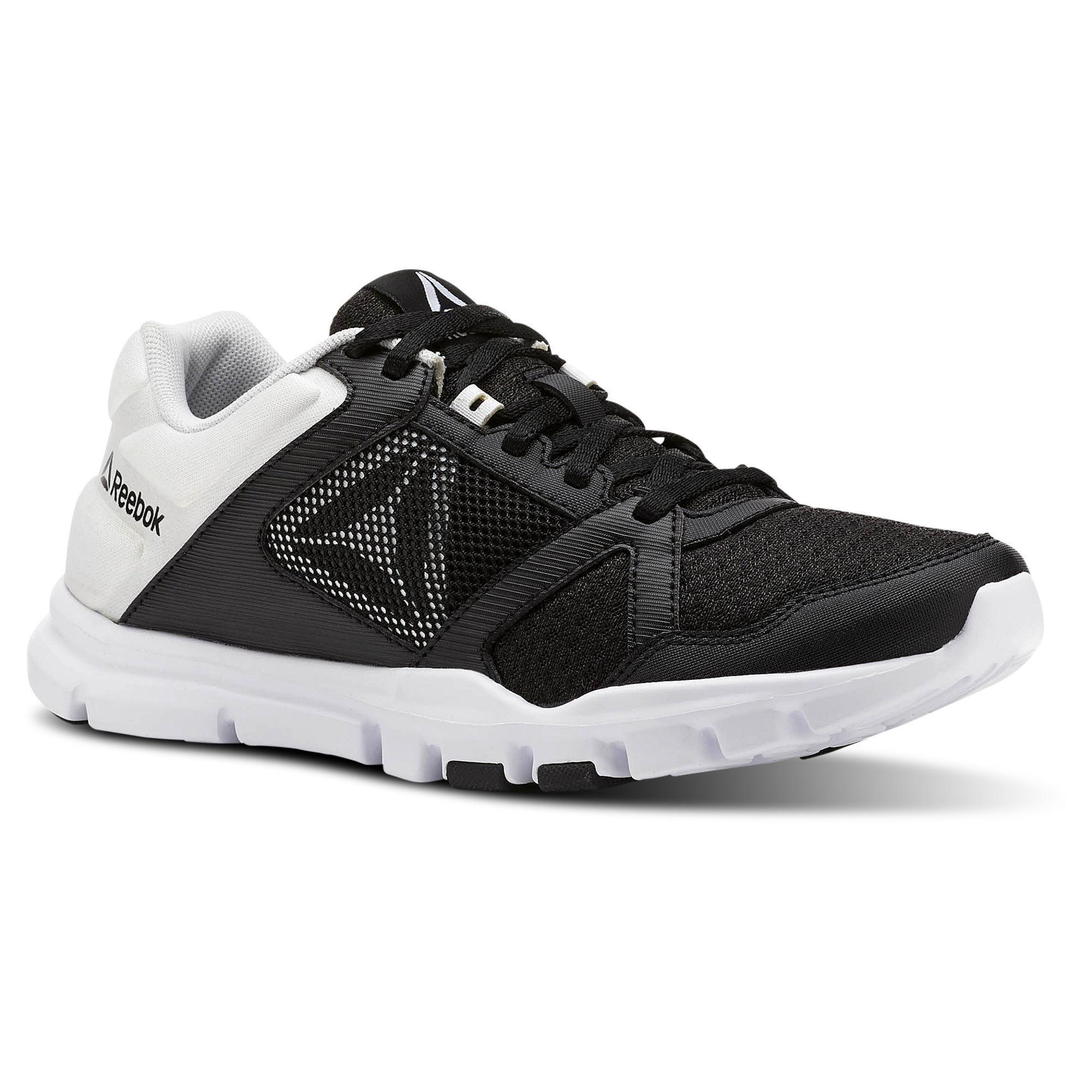 Jual Sepatu Olahraga Wanita  82fc4c8b70