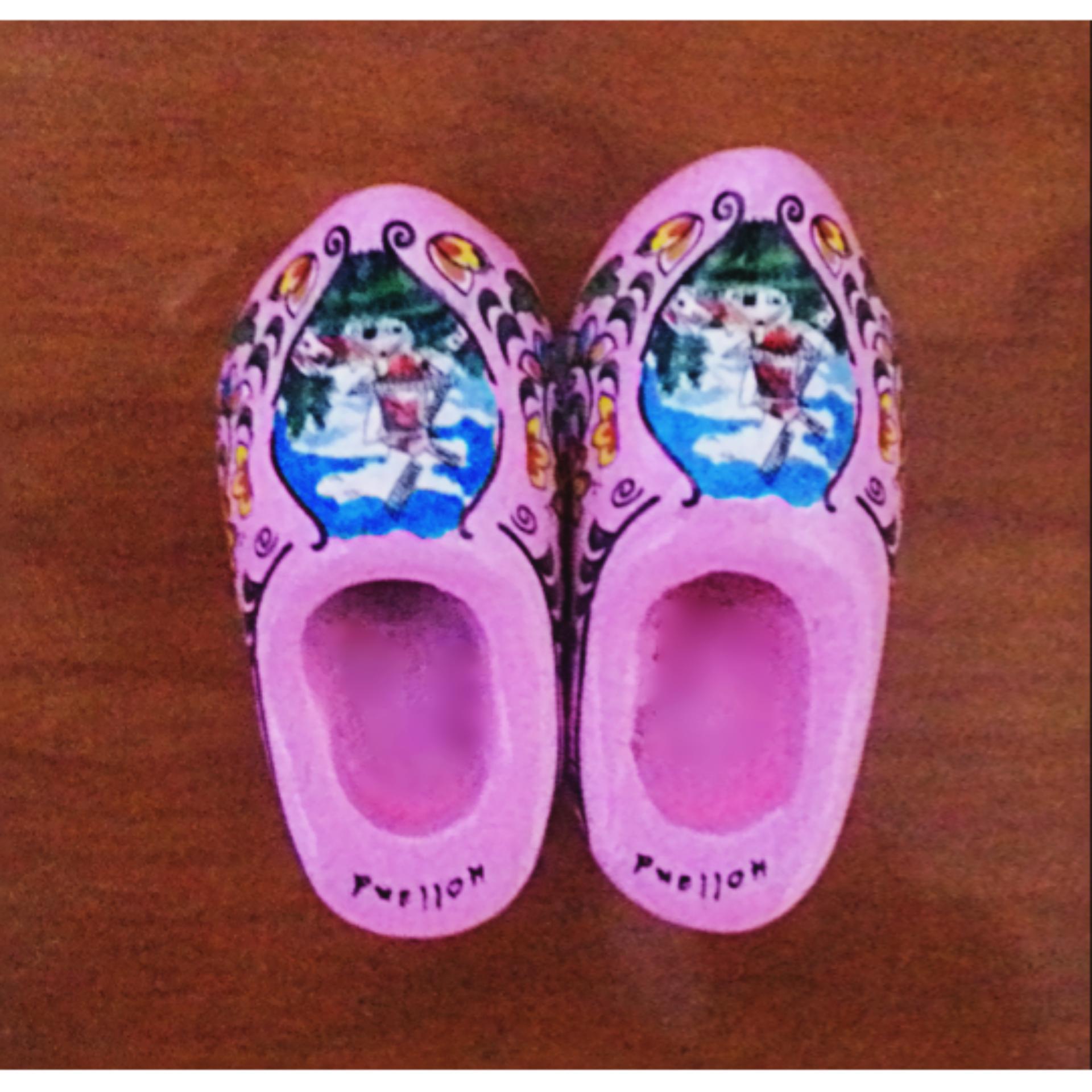 ... ychateau Magnet Kulkas Sepatu Belanda Pink