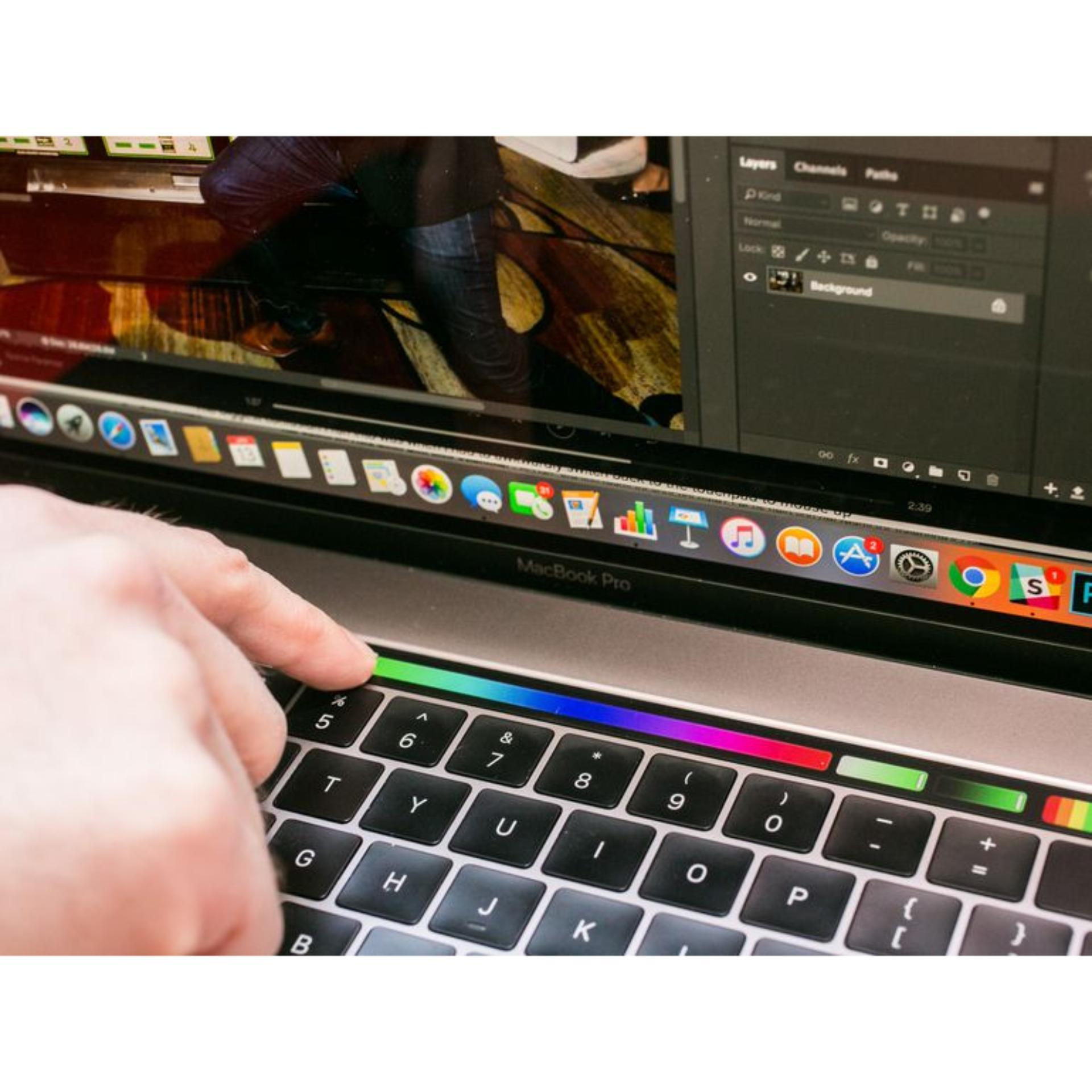 Apple Macbook Pro Mll42 Grey 256gb Ram 8gb Intel Core I5 Garansi 2 Touch Bar Mlw72 Silver 15inch 26ghz Quad I7 16gb Mf840 27