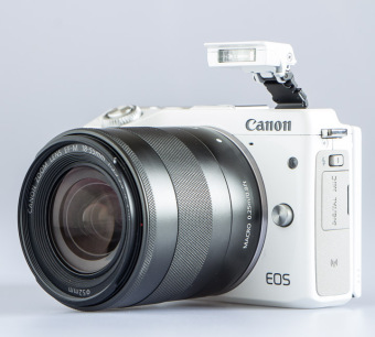 Harga Canon EOS M3 Kit EF-M15-45 IS STM Putih