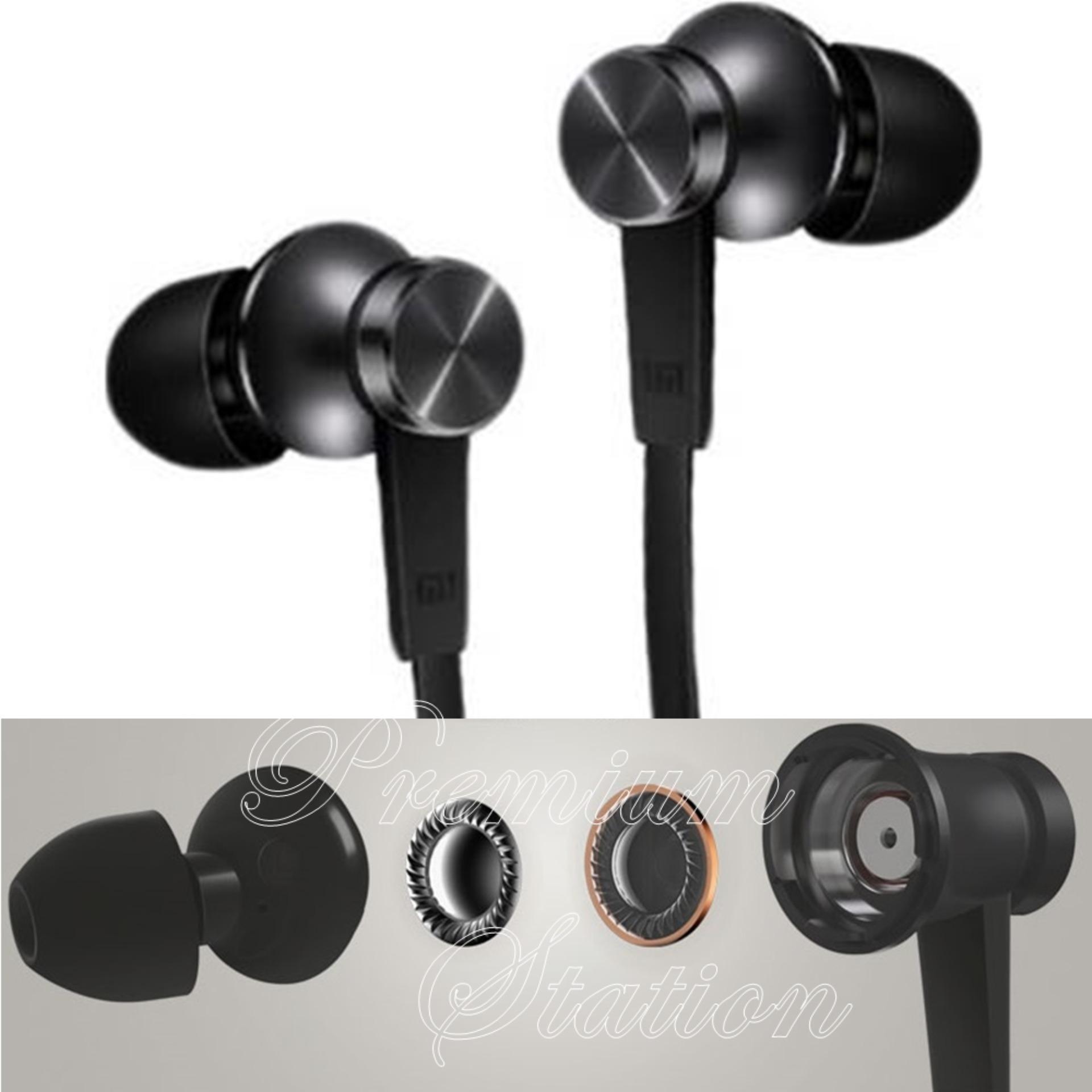 Xiaomi Piston 3 Handsfree Earphones Earbuds In Ear Mic Remote Original - Hitam .