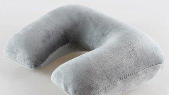 Travel Pillow Bantal Leher Tiup - Grey