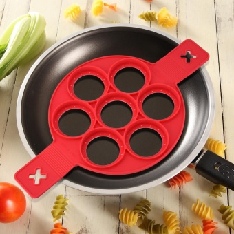 Harga 1Pc Home Non-stick Fantastic Pancake Silicone Ring Maker Kitchen Frying Egg Omelets Mold(Red) - intl