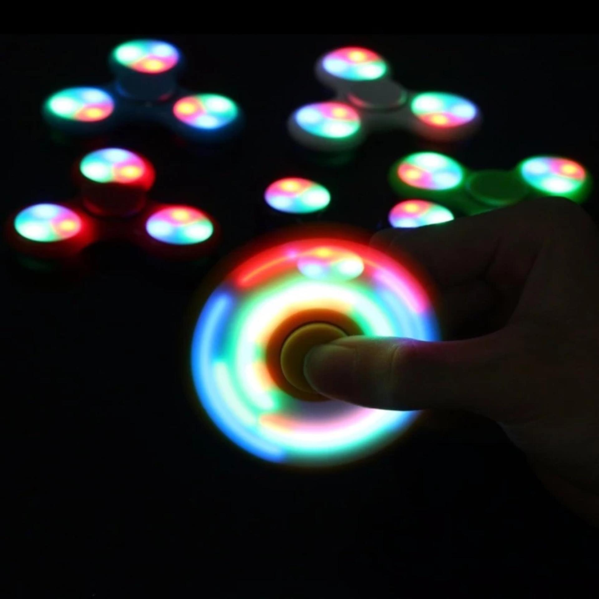 AIUEO Fidget Spinner LED New Exotic Hand Toys Mainan Tri Spinner EDC Focus .