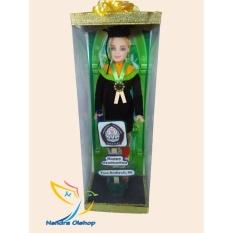 Boneka Barbie Wisuda Unik
