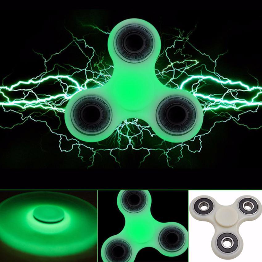 Fidget Spinner 400503 Glow In The Dark Mainan Tangan Putih .