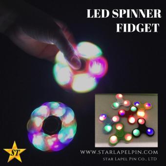 Fidget Spinner LED Hand Toys Tri Spinner Led Ball Focus Games - Biru - 2 .
