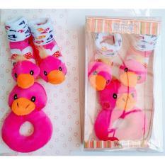 Freeshop Gelang Rattle & Kaos Kaki Duck 2in1 Mainan Edukasi Bayi - Pink