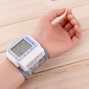 Alat Monitor Tekanan Darah Digital Pergelangan Tangan UINN - 5 .