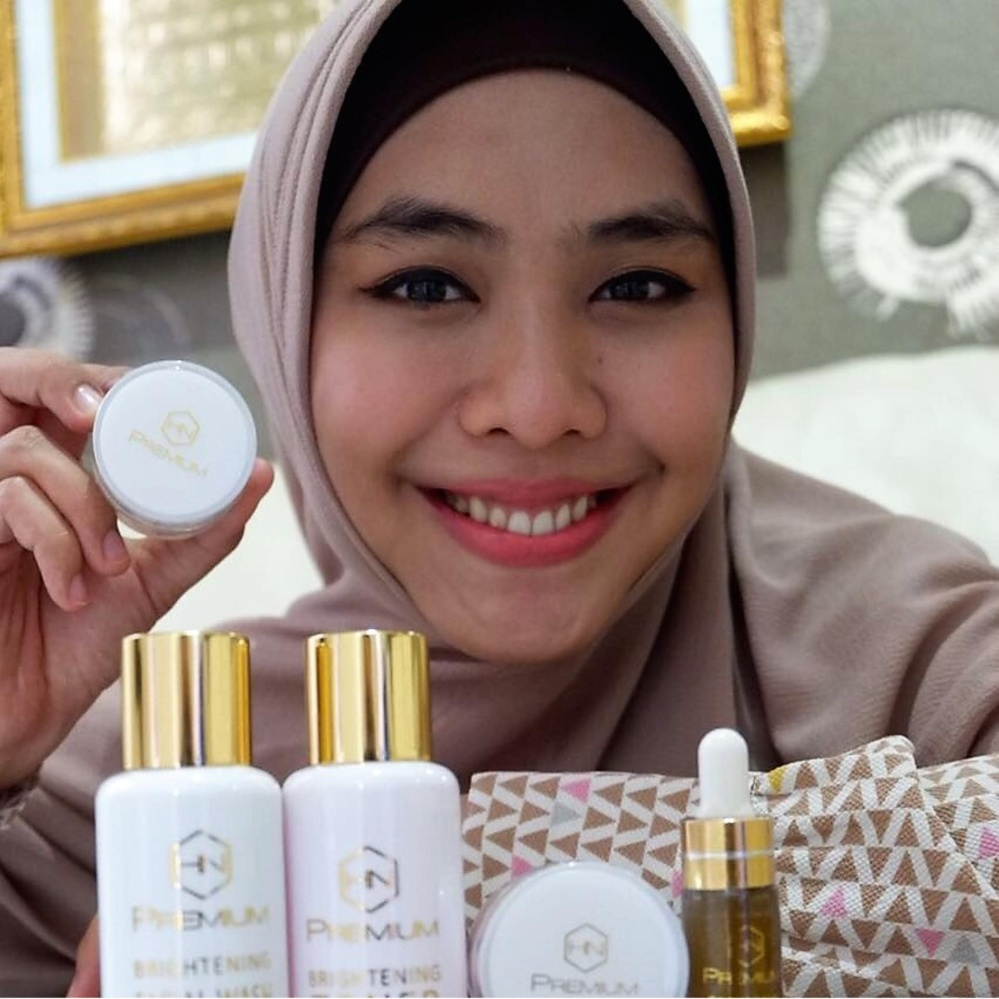 Cream Hnpremium Bpom Whitening Acne 5in1 Pemutih Wajah White Glow Glowing Krim Jerawat Plus Serum
