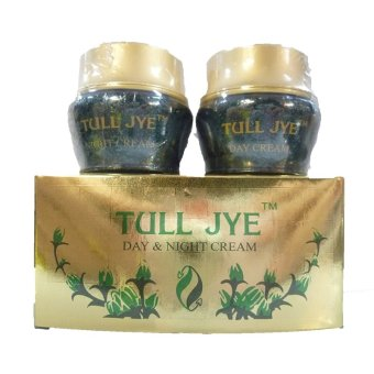 Tull Jye Day & Night Cream Hijau - 10gr