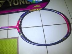 Raket Badminton Yonex Voltric Z Force II Lindan Impor + Bonus (Tas- Gr