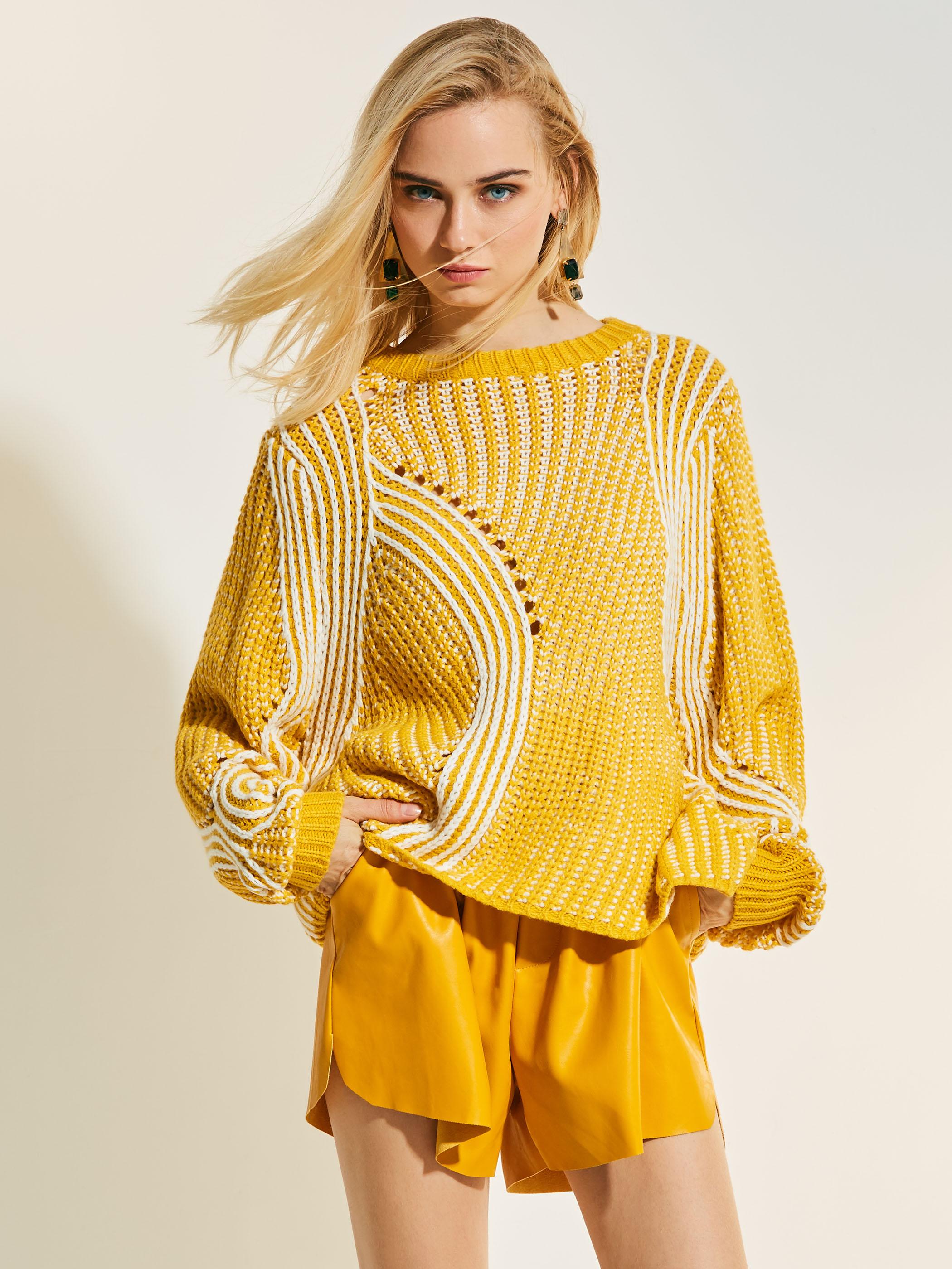 Berongga longgar pullover perempuan S sweater (Kuning)
