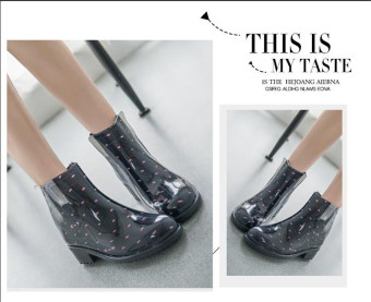 Harga Fashion Martin boots hujan wanita her gum tahan terhadap udaraRainshoes Rian (dot hitam with) Terbaru klik gambar.