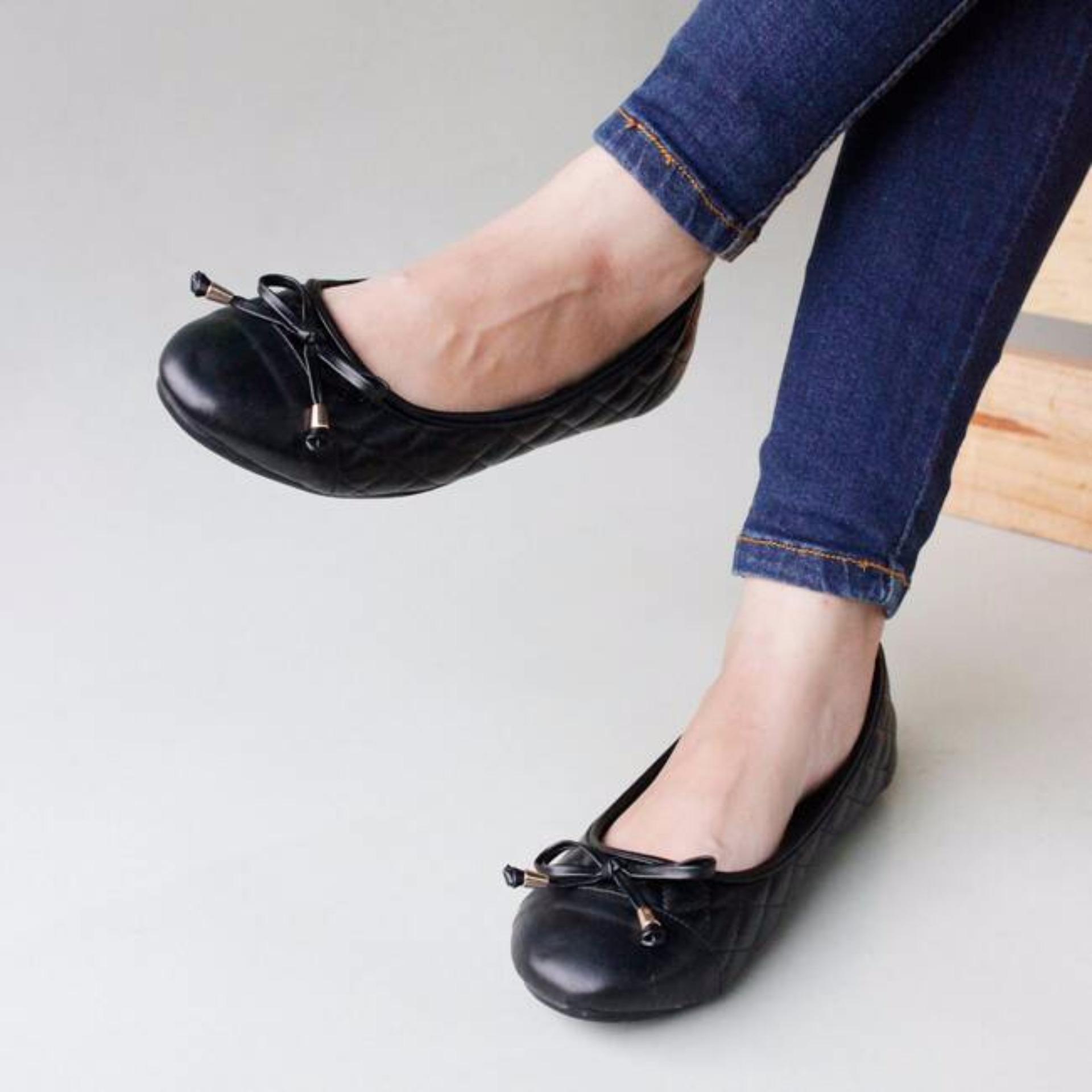 Gratica Sepatu Flat Shoes AL19 Hitam