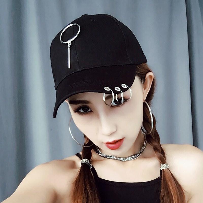Flash Sale Hari kepribadian pasang patch yang laki-laki ms. topi Korea  Fashion Style bisbol topi (Cincin menggantung batang besi hitam) ca763ea8ee
