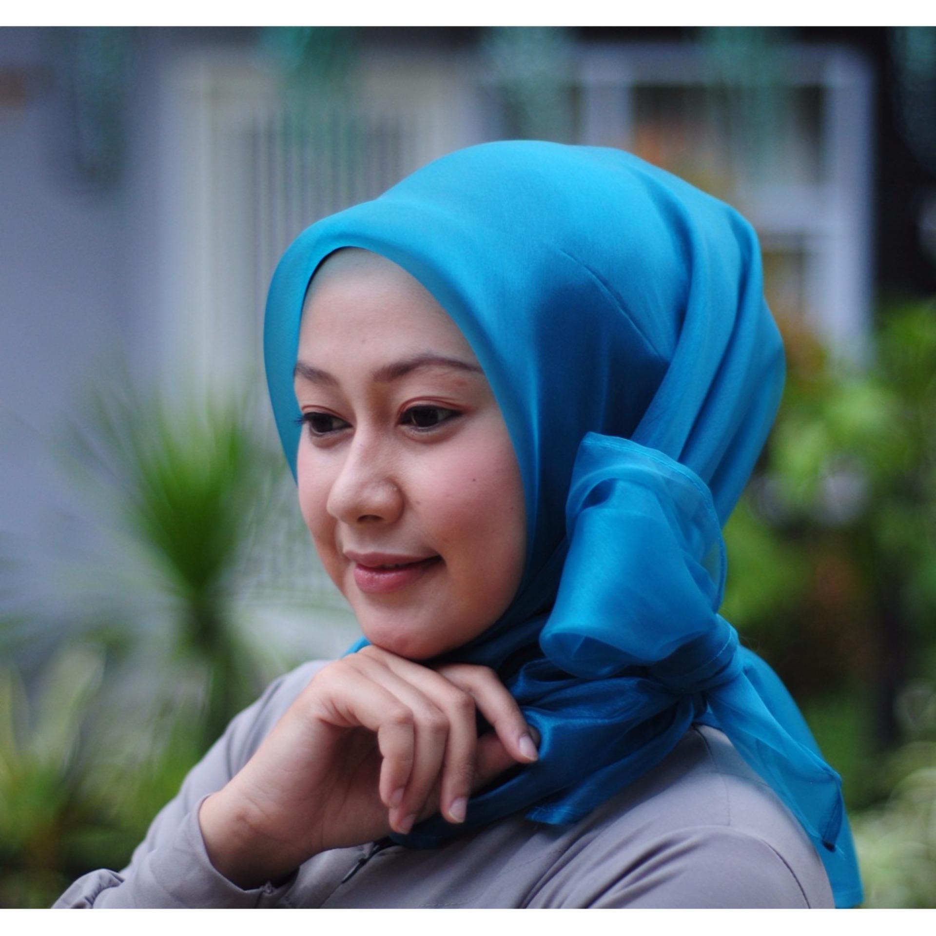 Perbandingan Harga Hijab Syari Instan Organza Biru Turkis Best Najwa Jilbab Kaos Katun Tc Premium Flash Sale Seller