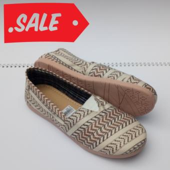 Harga JRC-flatshoes slipon cream model toms/wakai